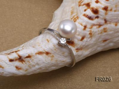 7.5mm white freshwater pearl ring FR026 Image 4