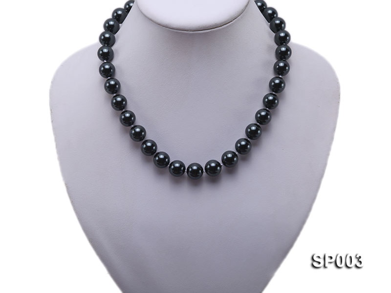 12mm shiny black round seashell pearl necklace big Image 5