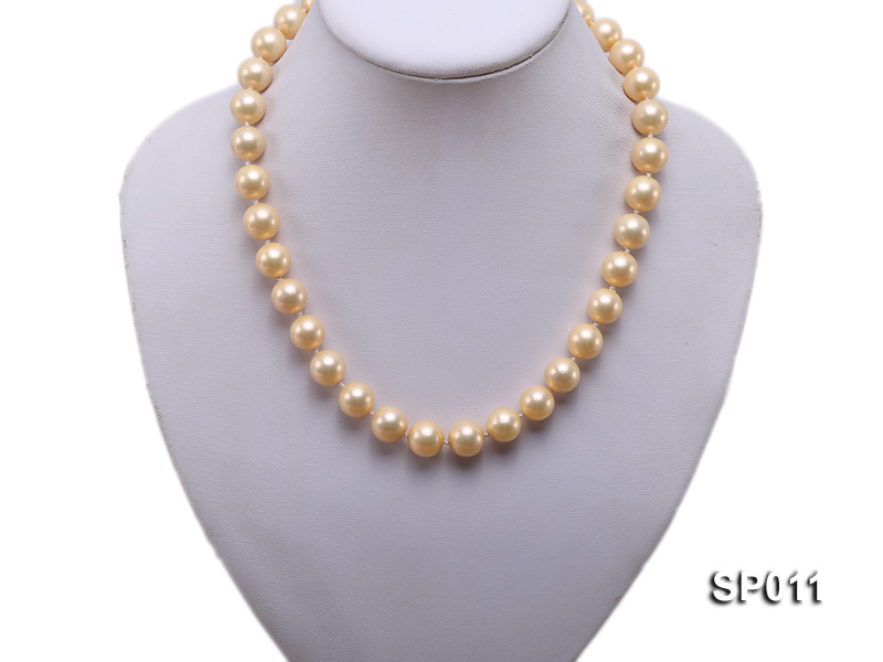 12mm golden round seashell pearl necklace big Image 5