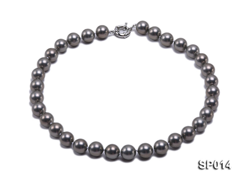 12mm dark grey round seashell pearl necklace big Image 1