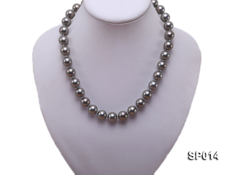 12mm dark grey round seashell pearl necklace big Image 5