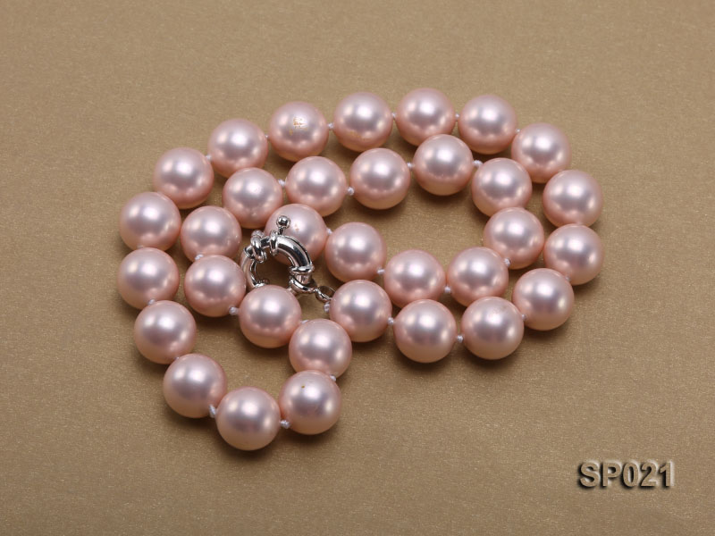 12mm pink round seashell pearl necklace big Image 3