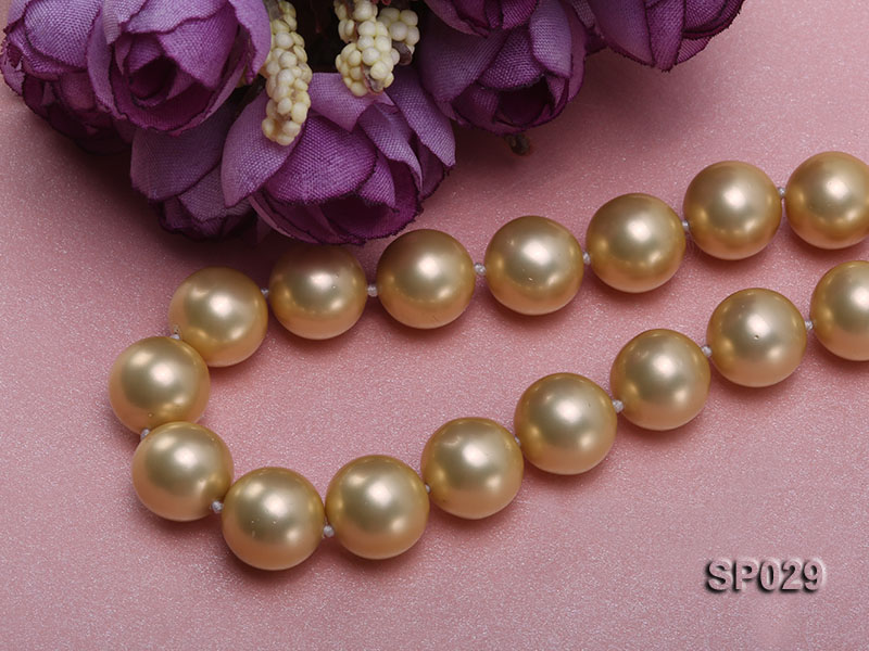 12mm golden round seashell pearl necklace with golden riband big Image 4