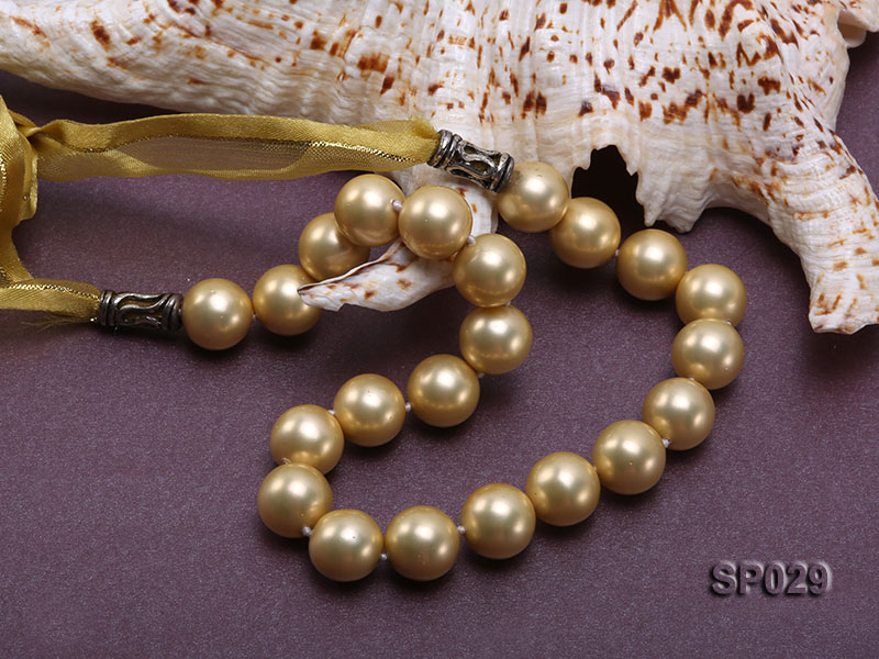 12mm golden round seashell pearl necklace with golden riband big Image 5