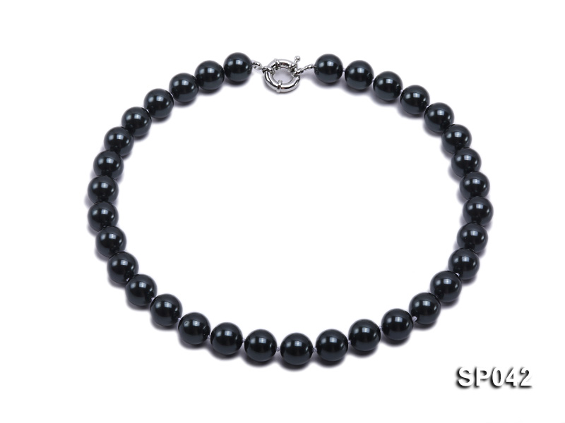 12mm black round seashell pearl necklace big Image 1