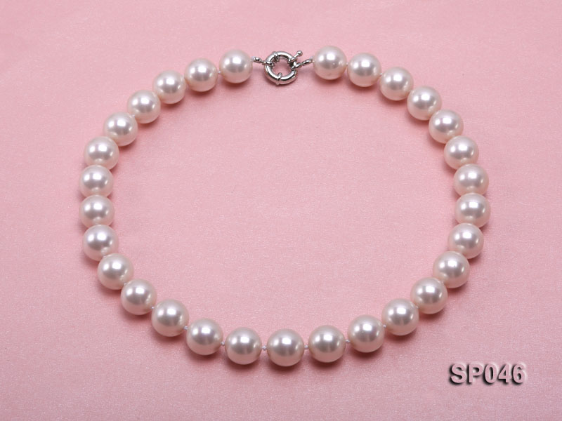 Gorgeous 14mm white round seashell pearl necklace big Image 1