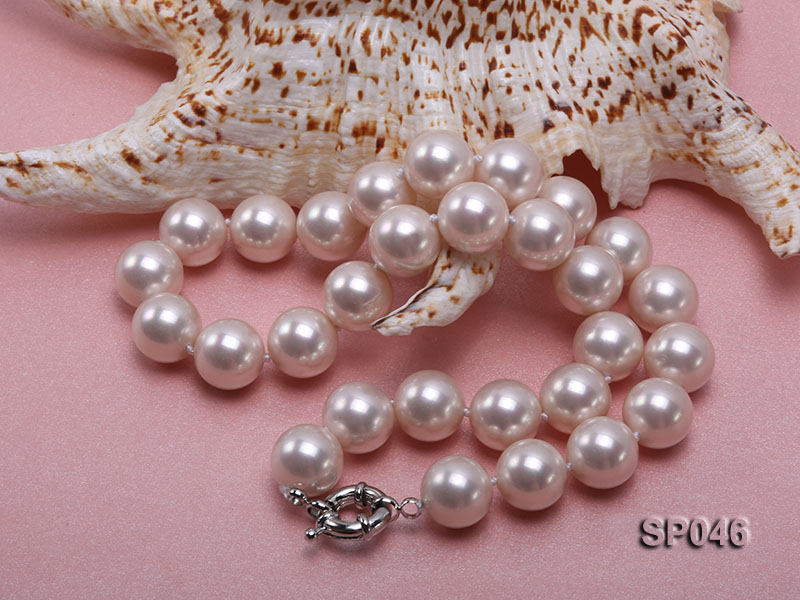 Gorgeous 14mm white round seashell pearl necklace big Image 2