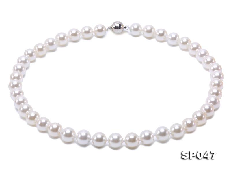 12mm white round seashell pearl necklace big Image 2