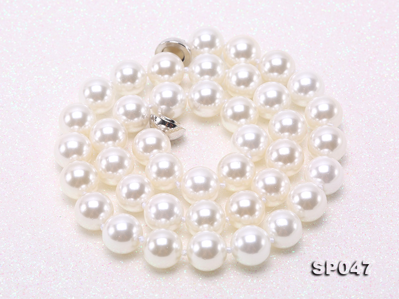 12mm white round seashell pearl necklace big Image 8