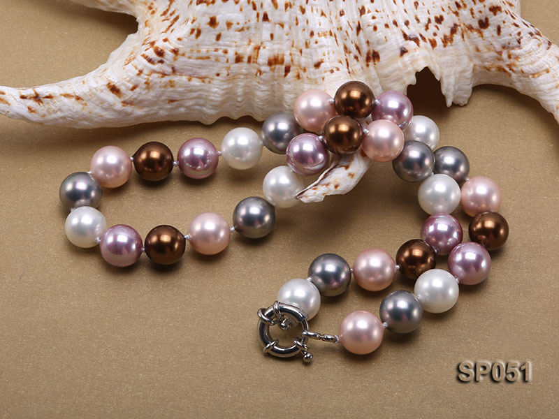 12mm multi-color round seashell pearl necklace big Image 3