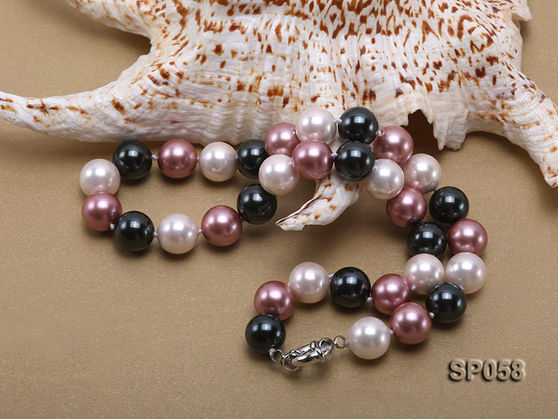 12mm multicolor round seashell pearl necklace big Image 3