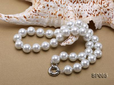 12mm white round seashell pearl necklace SP065 Image 4
