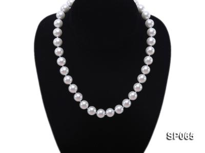 12mm white round seashell pearl necklace SP065 Image 5