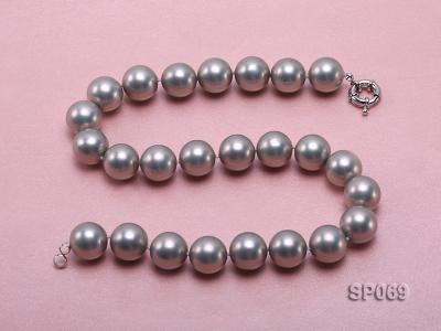 16mm grey round seashell pearl necklace SP069 Image 3