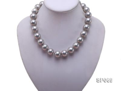 16mm grey round seashell pearl necklace SP069 Image 5