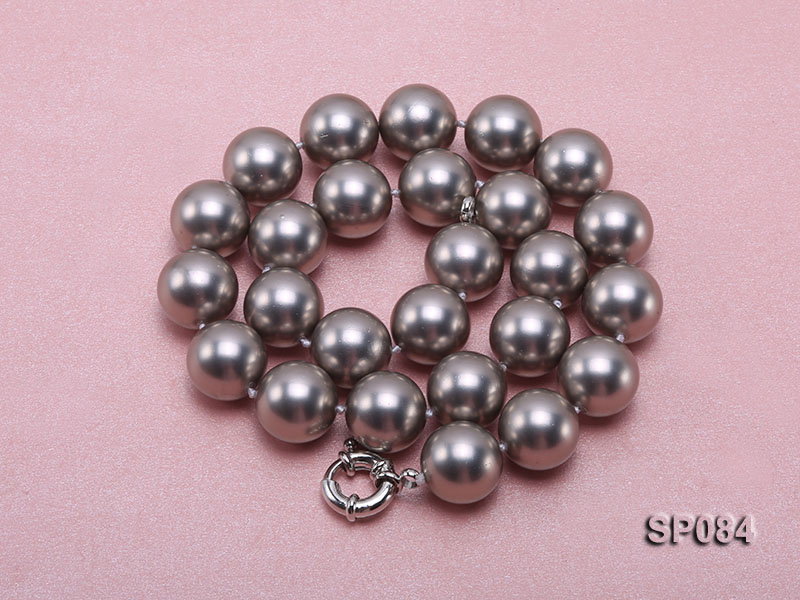 16mm shiny grey round seashell pearl necklace big Image 3