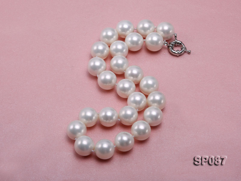 16mm white round seashell pearl necklace big Image 2