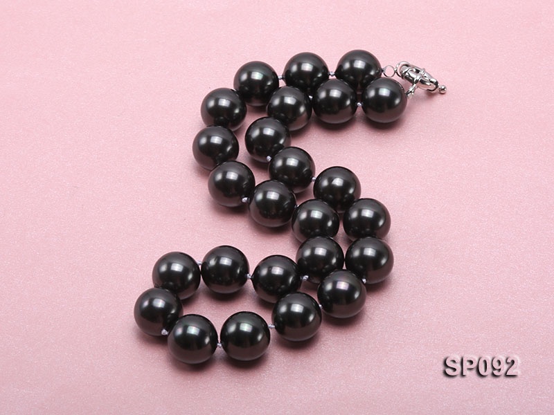 16mm radiant black round seashell pearl necklace big Image 3