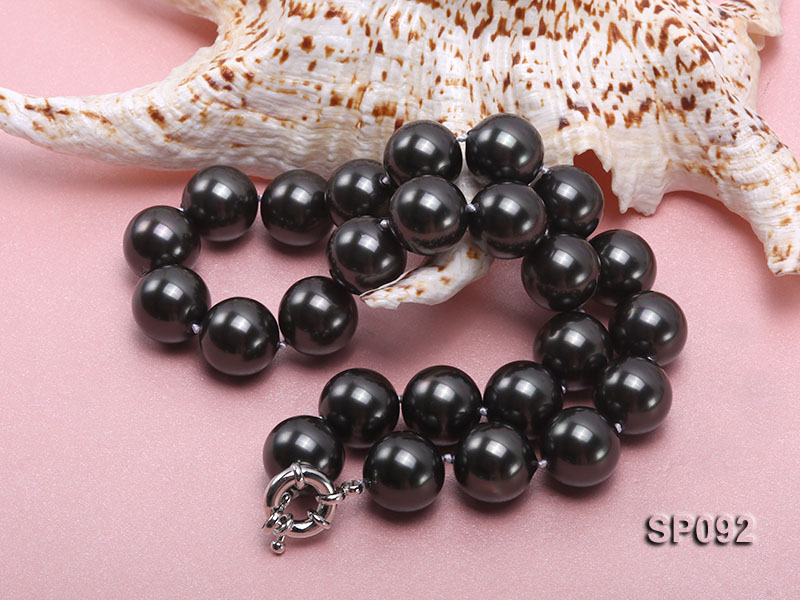 16mm radiant black round seashell pearl necklace big Image 4