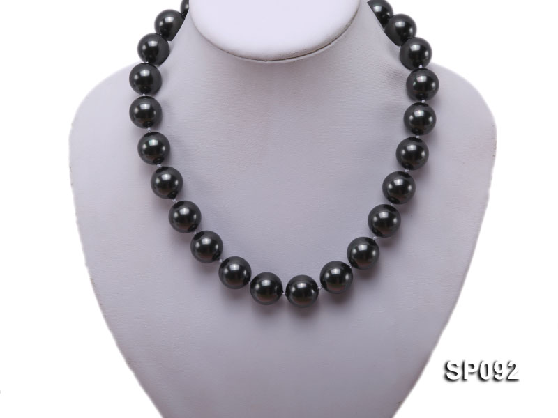 16mm radiant black round seashell pearl necklace big Image 5