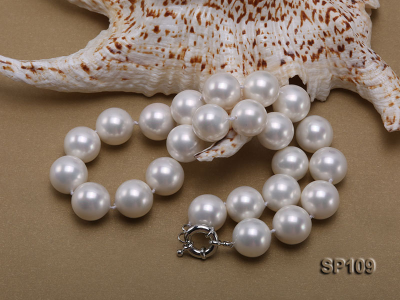 16mm white round seashell pearl necklace big Image 3
