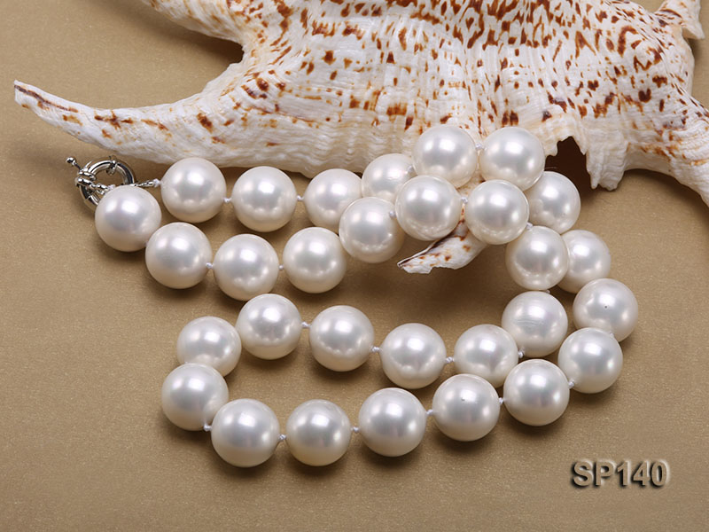 16mm white round seashell pearl necklace big Image 4
