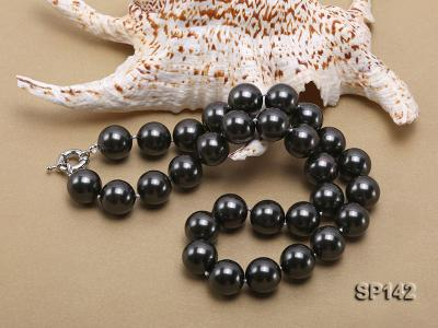 16mm black round seashell pearl necklace SP142 Image 4