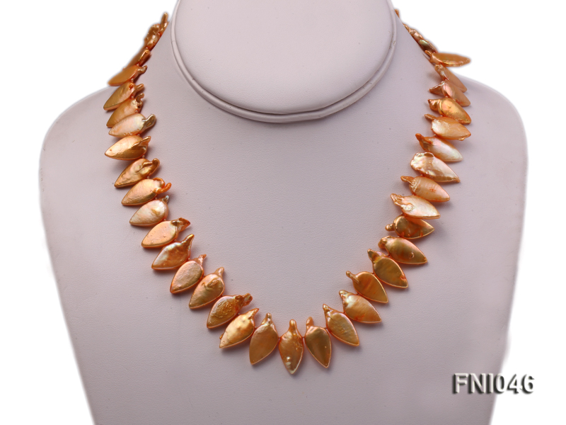 Classic 10x21mm Golden Leaf-shaped Freshwater Pearl Necklace big Image 2