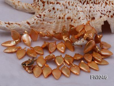 Classic 10x21mm Golden Leaf-shaped Freshwater Pearl Necklace FNI046 Image 4