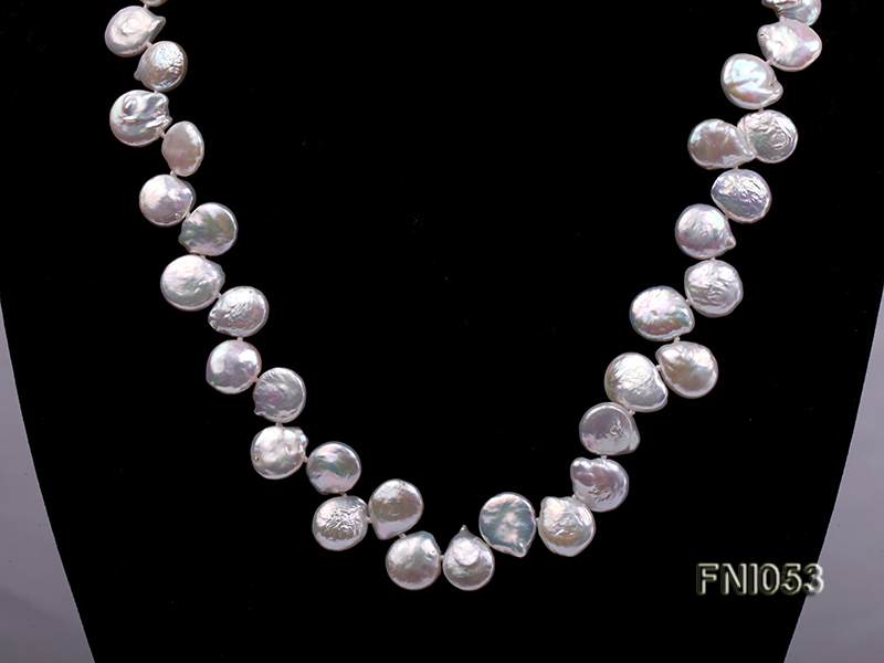 Classic 11-12mm White side-drilled Button Freshwater Pearl Necklace big Image 2