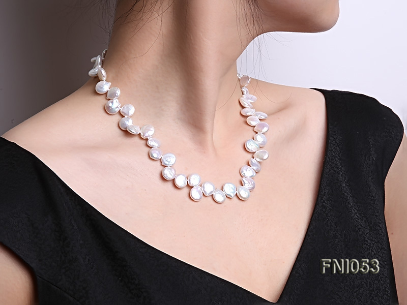 Classic 11-12mm White side-drilled Button Freshwater Pearl Necklace big Image 8