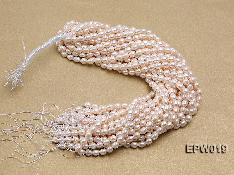 Wholesale 8.5x9mm Classic White Rice-shaped Freshwater Pearl String big Image 4