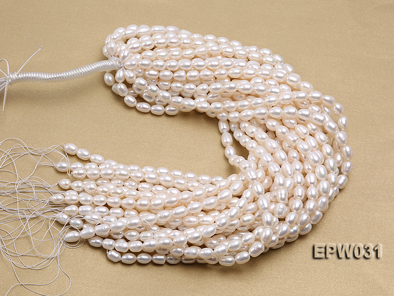 Wholesale 8X9mm Classic White Rice-shaped Freshwater Pearl String big Image 4