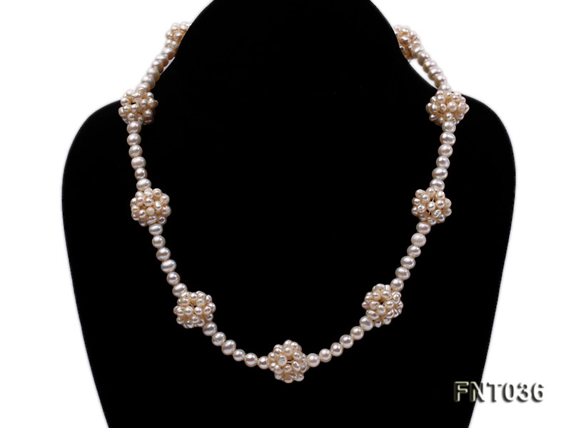 4.5mm White Freshwater Pearl Necklace and Bracelet Set big Image 2