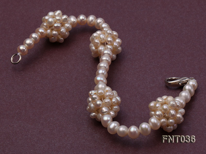 4.5mm White Freshwater Pearl Necklace and Bracelet Set big Image 5
