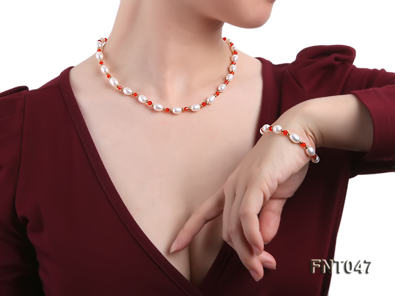 White Rice-shaped Freshwater Pearl & Red Crystal Beads Necklace, Bracelet and Earrings Set big Image 1