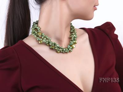 Three-strand Green Flat Freshwater Pearl and Dark-green Button Pearl Necklace FNF135 Image 6