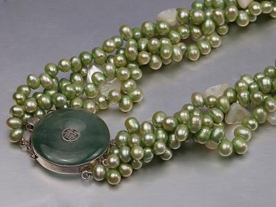 Four-strand 7-8mm Green Freshwater Pearl Necklace with White Seashell Pieces FNF140 Image 6