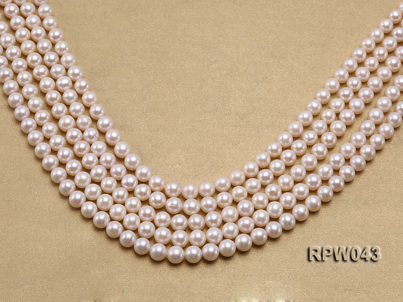 Wholesale High-quality 7.5-8mm Classic White Round Freshwater Pearl String big Image 1