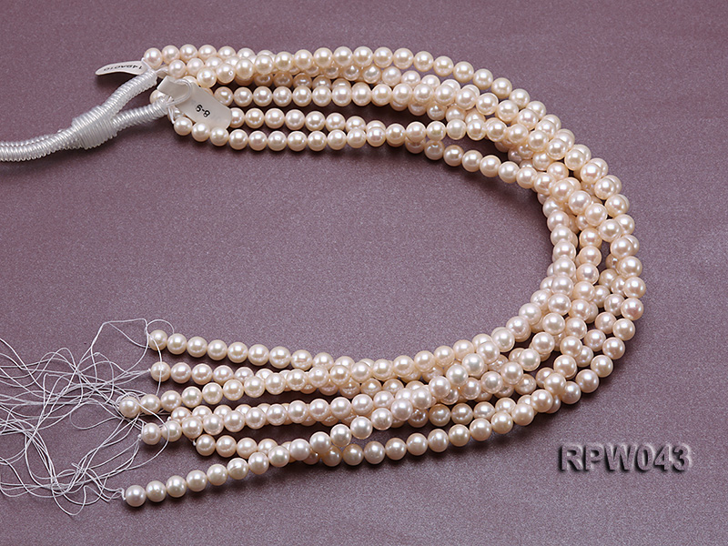 Wholesale High-quality 7.5-8mm Classic White Round Freshwater Pearl String big Image 4
