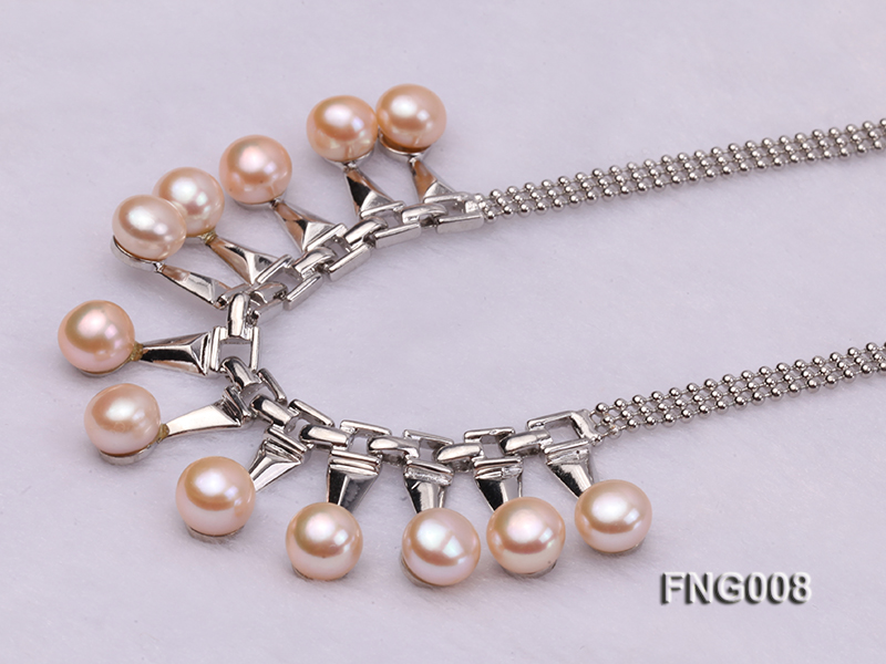 Gold-plated Metal Chain Necklace dotted with 8.5mm Pink Freshwater Pearls big Image 3