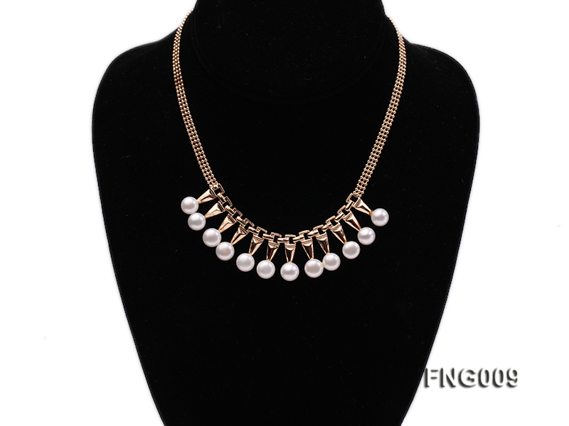 Gold-plated Metal Chain Necklace dotted with 8.5mm White Freshwater Pearls big Image 1