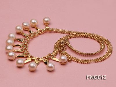 Gold-plated Metal Chain Necklace dotted with 8.5mm Pink Freshwater Pearls FNG012 Image 3