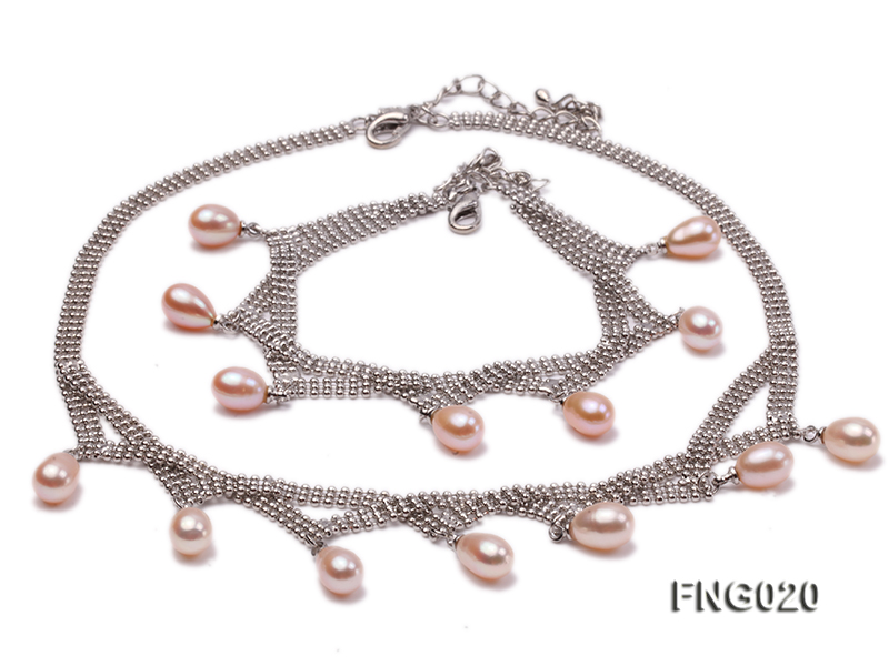Gold-plated Metal Chain Necklace and Bracelet Set dotted with Pink Freshwater Pearls big Image 1