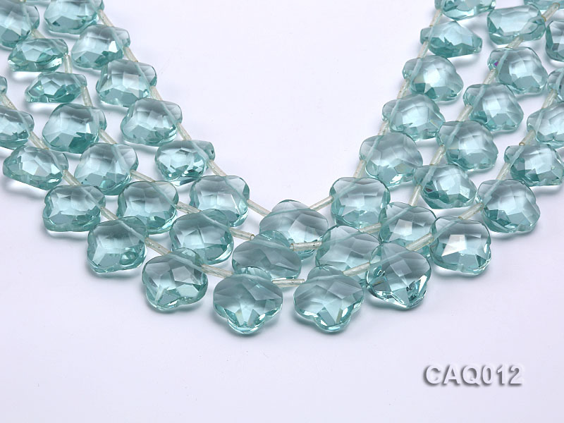 Wholesale 20mm Flower-shaped Transparent Simulated Aquamarine Pieces String big Image 1