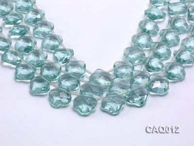 Wholesale 20mm Flower-shaped Transparent Simulated Aquamarine Pieces String CAQ012 Image 1