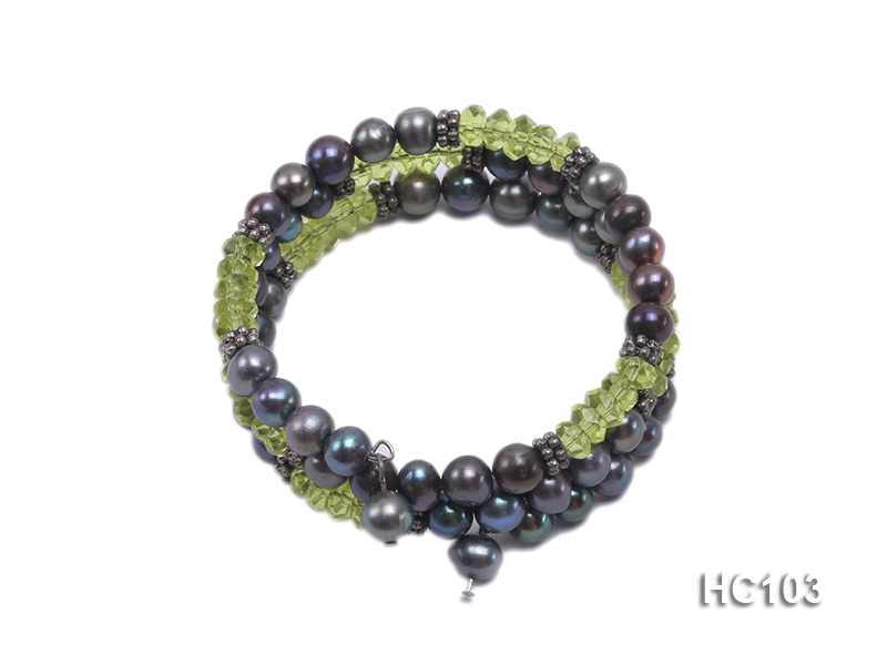 3 strand black freshwater pearl and green crystal bracelet big Image 1