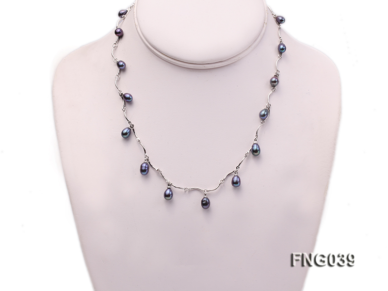 Gold-plated Metal Chain Necklace Dotted with Black Freshwater Pearl big Image 1
