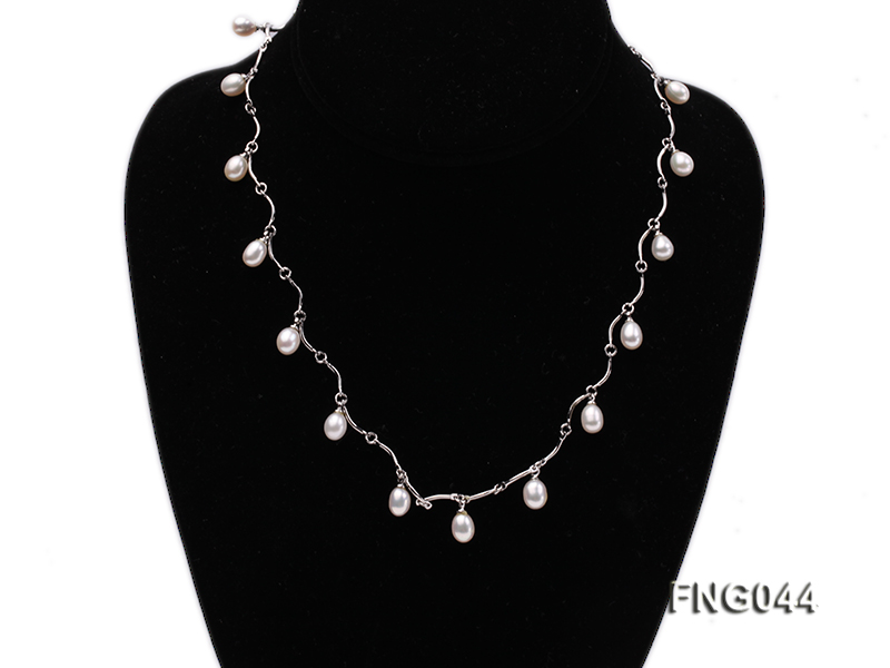 Gold-plated Metal Chain Necklace Dotted with White Freshwater Pearl big Image 1