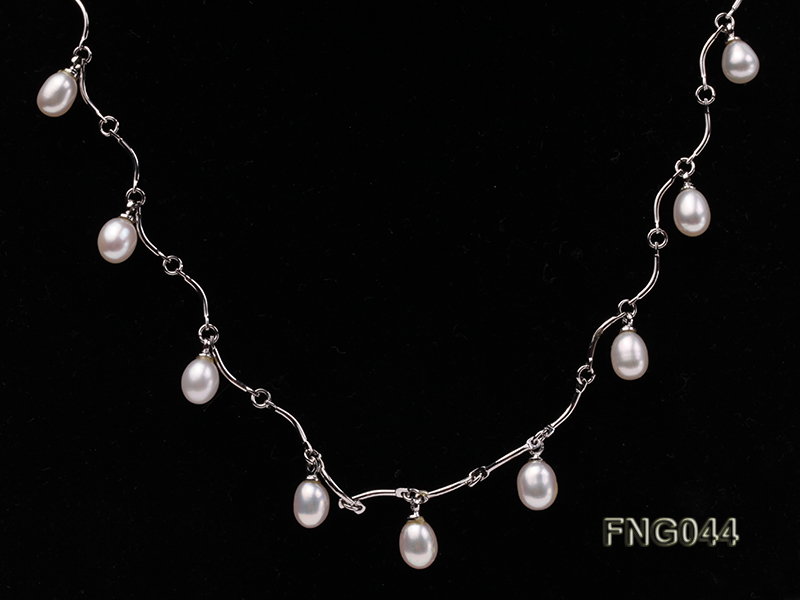 Gold-plated Metal Chain Necklace Dotted with White Freshwater Pearl big Image 2